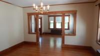 Beautiful 4 bedroom 2-level Arlington apartment