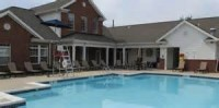 Courtyard apartment  4 bed 2 bath summer lease