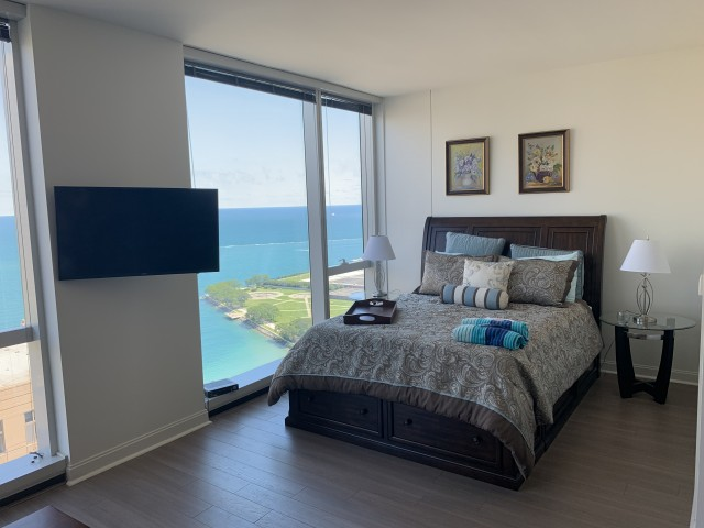 Furnished Lakefront 1BR convertible