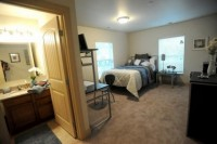 (Females Only) Private Bed/Bathroom in Downtown AA Sublet for May-August
