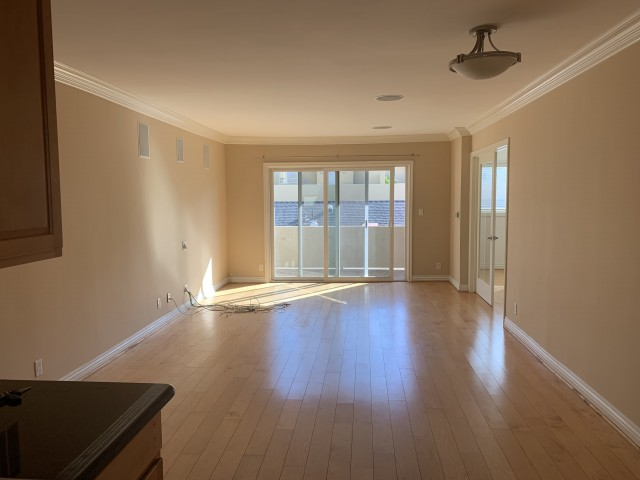 2 bedroom Condo near UCLA in the heart of Brentwood