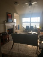 Private 1 bedroom Summer Lease avaliable May 1st- walkable to UT ans access to pool/gym