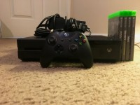Xbox 1 w/ games