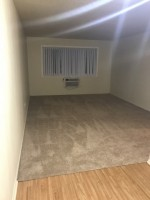 Low rent 1br 1bath Parking included $950/month