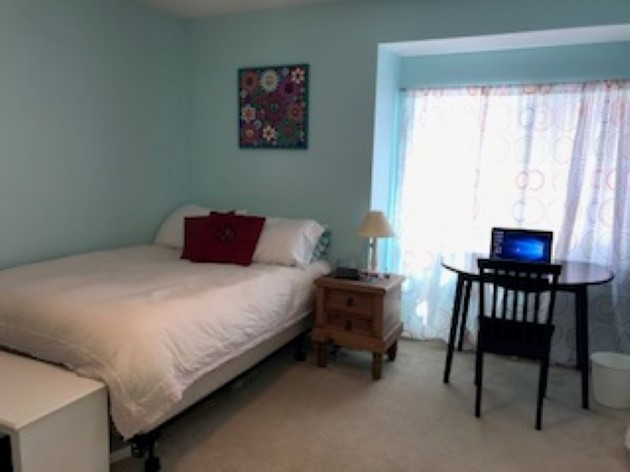 Cozy furnished private BR and BA in desirable Irvine location Female student only