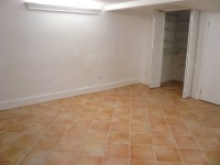 1 bedroom with private bath in 2 bedroom apartment
