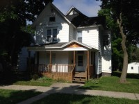 LARGE ROOMSHARE TWO BLOCKS FROM FERRIS STATE UNIVERSITY