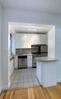 NO FEE 1 Bedroom. Located on Soho's BEST Tree Lined Street. GREAT DEAL - NEAR NYU OPEN HOUSE SAT/SUN 3-5