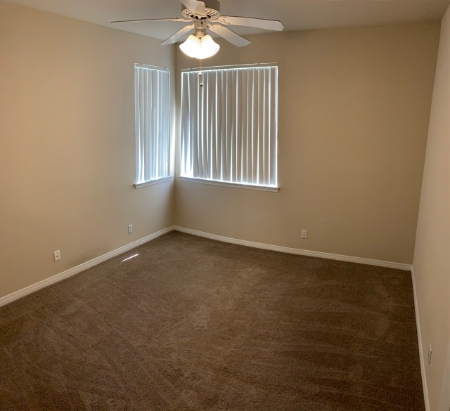 Looking for Roomate in 2bed/2 bath apartment!