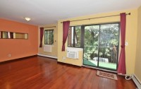 Excellent 3BR 2BA Apt Near St John's Univ Incl Parking