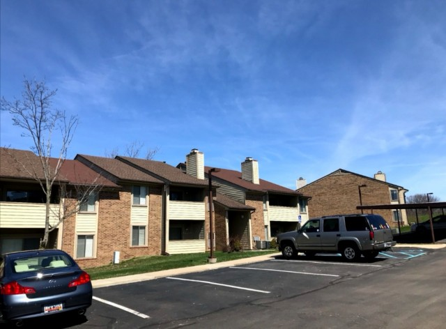 Low Price$650 2020.1~8 Sublease Large Master Room(2b2b) with private bathroom, walk-in closet. In-unit laundry room. Free parking