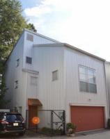 All-inclusive 1 Br/1 Ba Beltline Loft in Reynoldstown with Garage