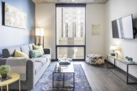 Rise On Apache - Luxurious 1 room in a 2 br condo for lease - 2 mins walk from school