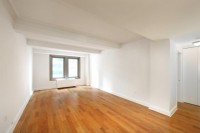 Huge 1 Bed, 1.5 Bth Avail in Midtown's Finest White Glove Pre-War Building. NO FEE. OPEN HOUSE SAT/SUN 11-2