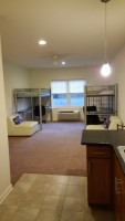 Spacious Studio Room for 2 - DIRECTLY in front of Scott Hall/Yard