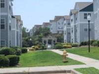 University Village Apartment $350 per room