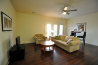 1 BR AVAILABLE IN 2 BR GREAT PRICE 65 WEST