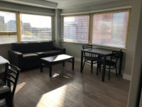 Renovated Studio in Downtown Ann Arbor / Closest Building to Campus