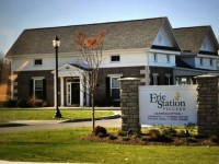 2BR 2BA ERIE STATION VILLAGE furnished luxury apt to share w/