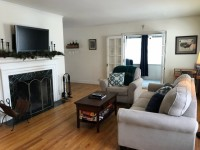 Charming & Spacious 1 Bd + Den, UW Hospital & Downtown Madison
