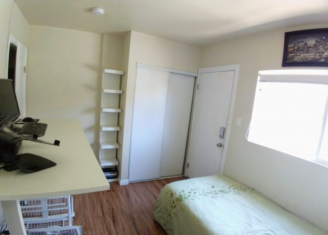 MOVE-IN READY!Walk to USC.UTILITIES INCLUDED