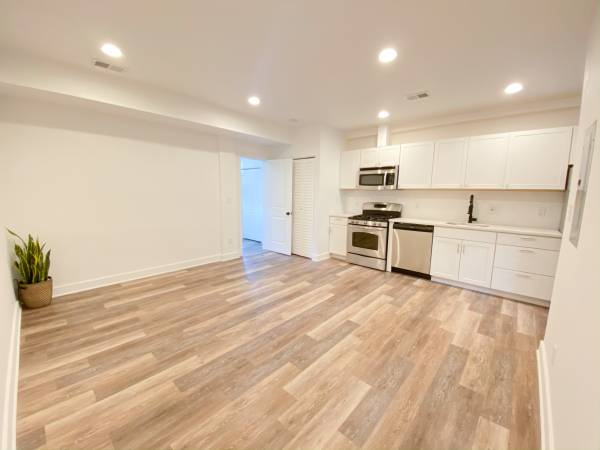 Newly Renovated 2 bed/1 Bath (NE DC near Gallaudet)