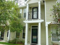 Luxury Townhouse/August 1st move-in