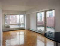 Amazing Chelsea Location NO FEE 1 Bedroom. Stainless Kit, 2 Roof Decks, Parking Garage. OPEN HOUSE Sat/Sun 3-5