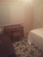 Room for rent in west Los Angeles 2 miles from UCLA and transportation access to Santa Monica and downtown
