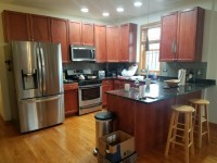 One Bedroom Suite with Assigned Parking for Rent in the Heart of Bronzeville