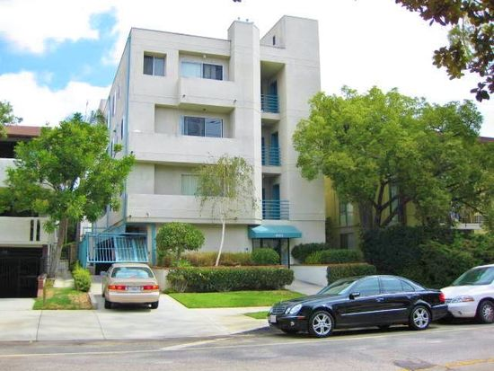 Nice two bedroom in prime West LA