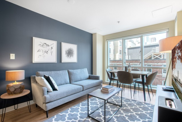 TUFTS Medical- Steps from campus! Full Service Secure High Rise