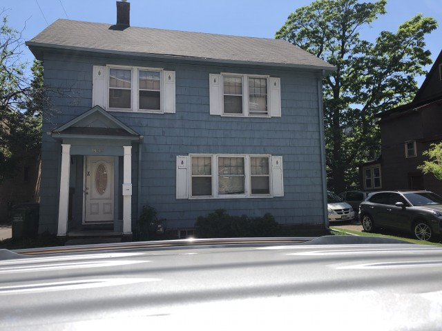 Wonderful 4 bedroom Single Family House , in the heart of Dinkytown U of M