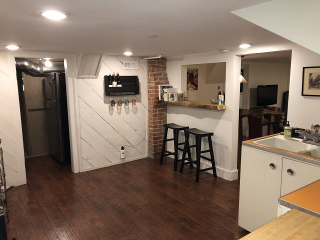 1 Bedroom Apartment - Fully Furnished Close to Campus