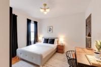 Furnished Room in 4 Bedroom 2 Bathroom Apt