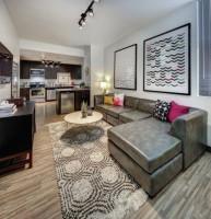 Spring&Summer sublets: private bedroom&bathroom in 4b2b at Landmark