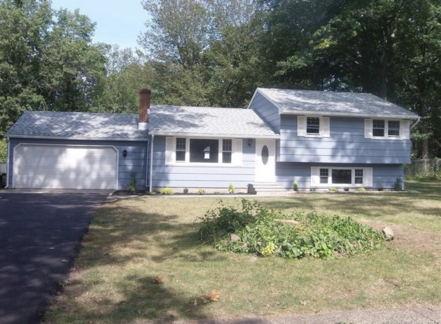 Graduate Student house for rent - 1 mile from North Haven Quinnipiac Campus