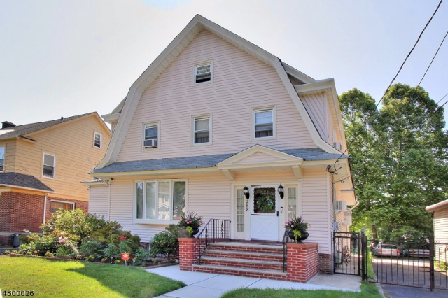 House share in historic forest hills Newark