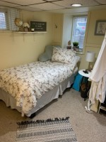 Subletting 1 bedroom in 4 bedroom house on Greenwood Ave