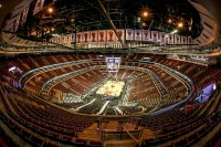 United Center Hiring Attendant, Bartender, Cook, Server, MORE!