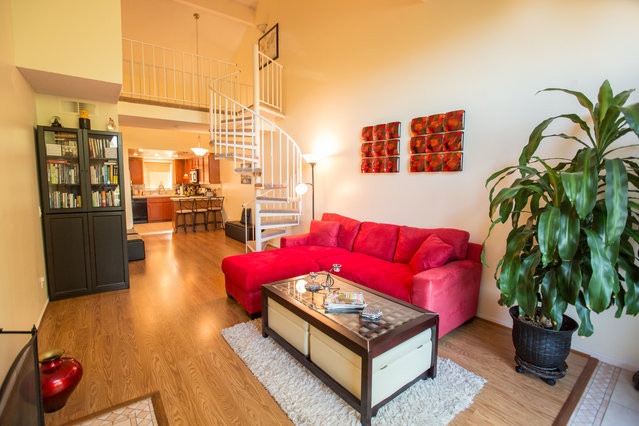 Stylish Loft in Gorgeous Sun-Kissed Condo Includes Maid + Utilities