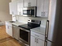 Bulldog Apartments~Downtown Studios, 2 & 3 BR's
