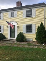 Large Bedroom for rent in a nice house near west hartford center