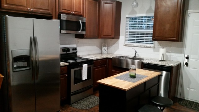 Brand new fully furnished rooms minutes from downtown Fort Worth