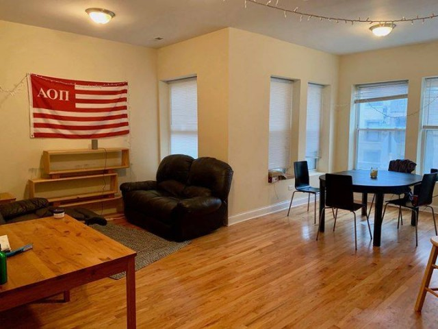 PRIVATE BATH master - 54th place/woodlawn SEPTEMBER SUBLET (female only)