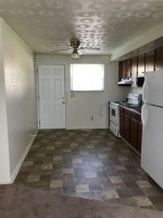 Clean Quiet Duplex 3 Minutes From Campus