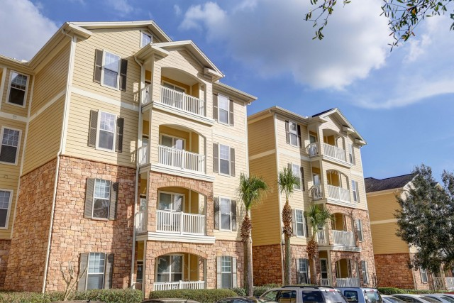 Spacious 3 & 4-Bedroom Apartments Available!!!