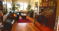 Summer Sublet: spacious 1 bedroom apartment - less than 10 minutes walk from UR