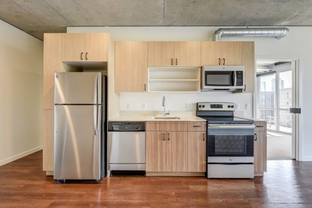 Single Room at South Lake Union Building