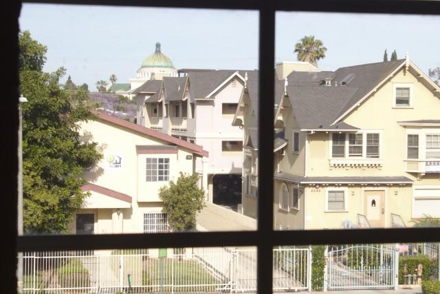 Large Single Apartment USC Campus